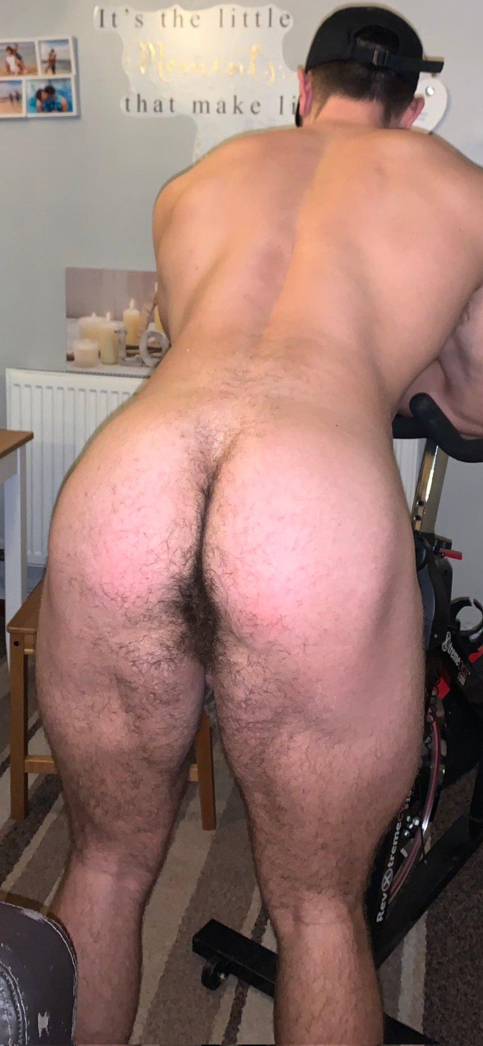 empelota macho en el gym