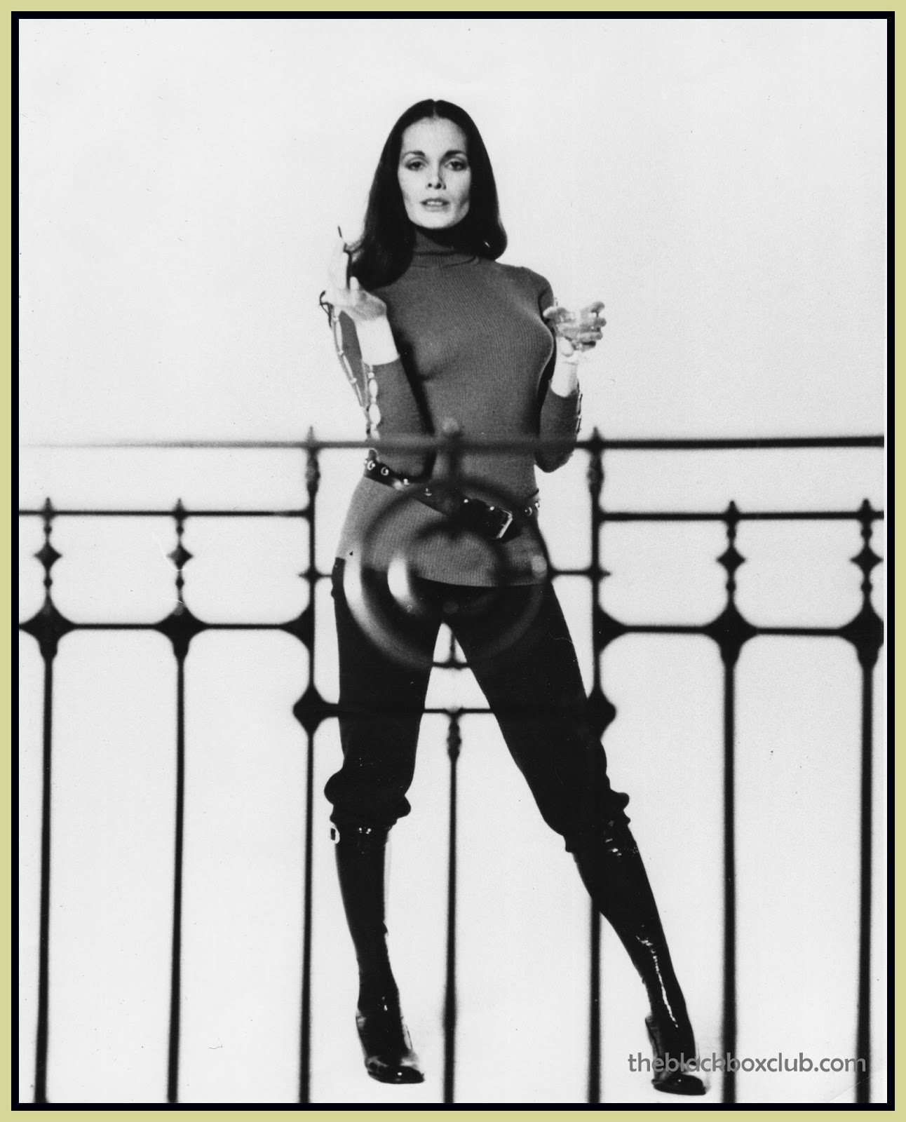 Martine Beswick (born 1941 (born in Port Antonio, Jamaica) nudes (62 photo) Fappening, 2016, legs