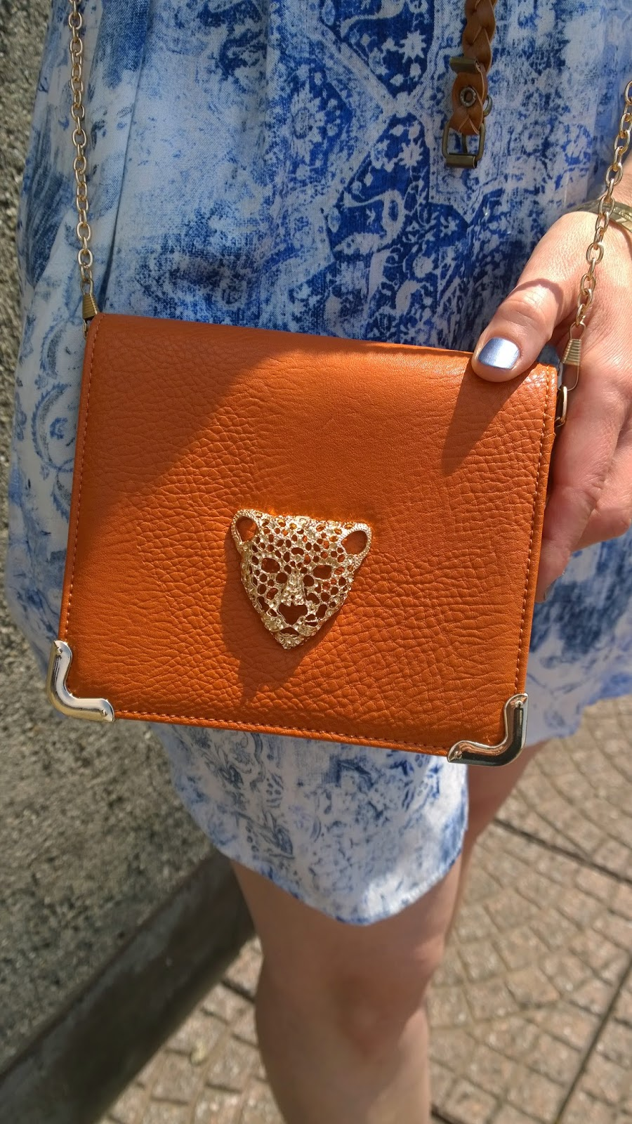 Cross body bag with leoparde head from Urban Outfitters