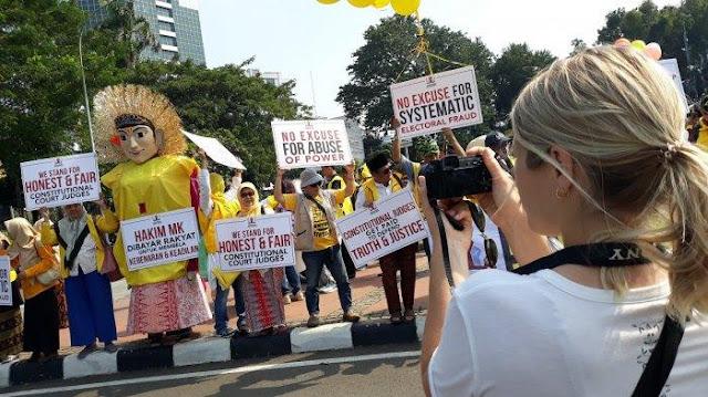 Hakim MK Harus Melihat Suasana Batin Masyarakat Indonesia