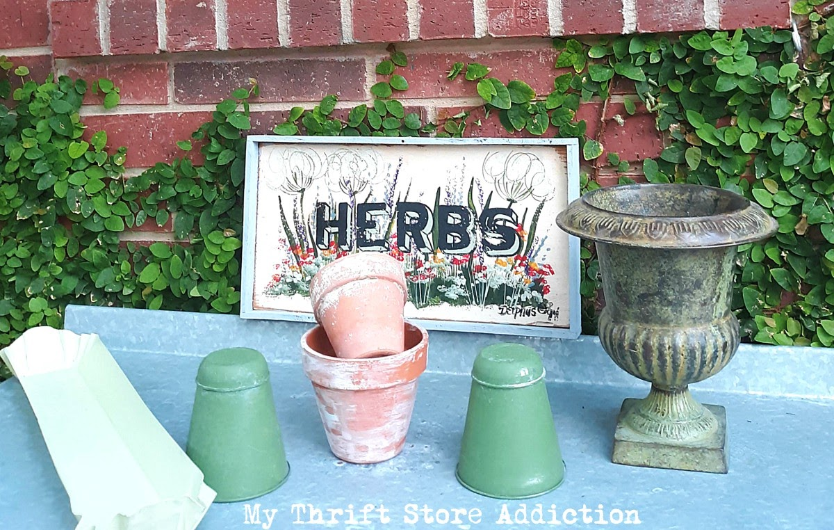 summer potting stand