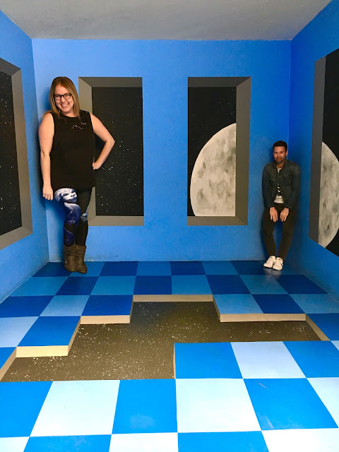 The Museum of Illusions, Los Angeles, Hollywood, experience popup, wall art, street art, Jamie Allison Sanders, The Beauty of Life, space room