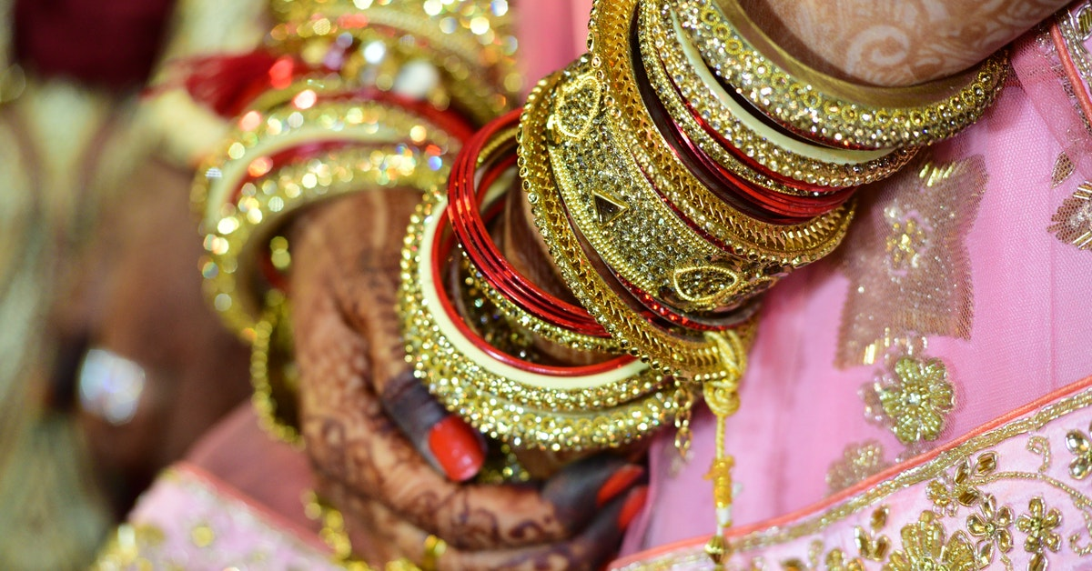 Choose your wedding jewelry: a not so easy choice!