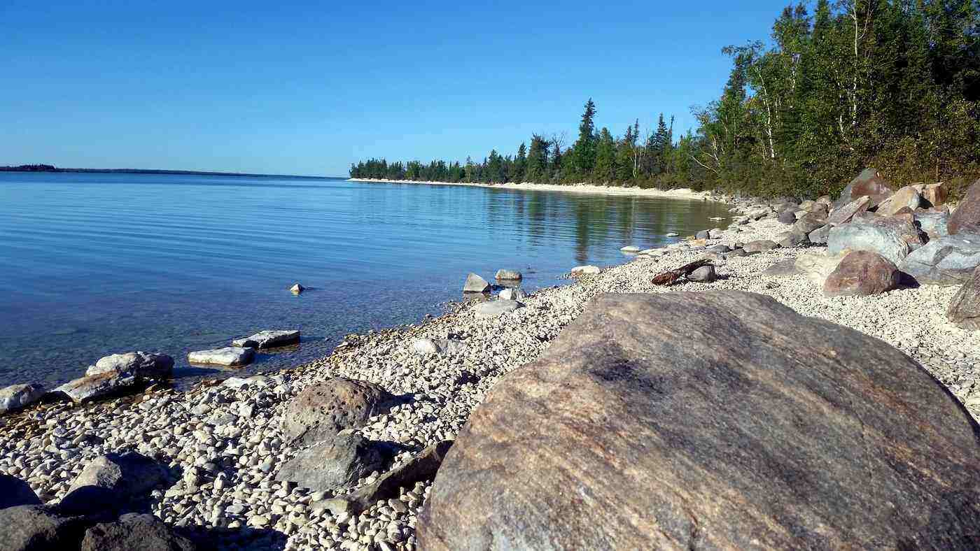 little limestone lake - spectacular lakes to visit in canada in 2019