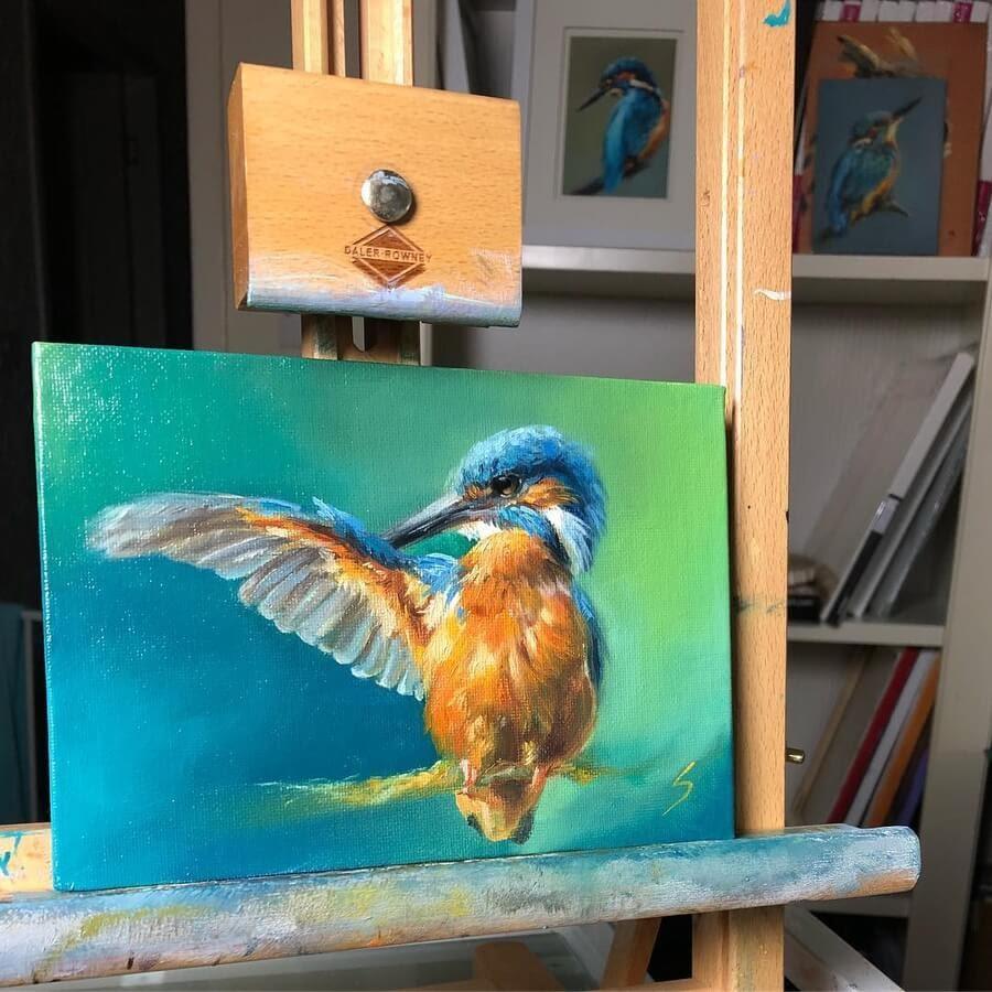 06-Kinfisher-preening-Eve-Sundown-www-designstack-co