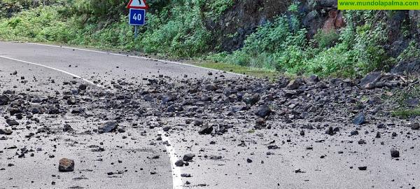 El Cabildo cierra la carretera del Norte en el tramo del barranco de Gallegos por los continuos desprendimientos en la vía