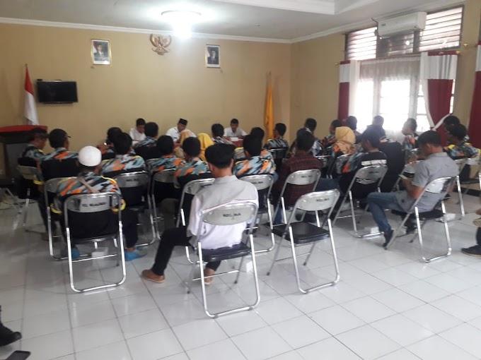Diduga Adanya Korupsi LSM GMBI KSM Majalengka Audiensi Dikantor Kecamatan