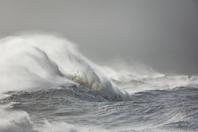 أجمل صور أمواج البحار