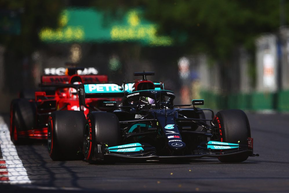 Hamilton e Leclerc não eram páreo para os Red Bulls em ritmo de corrida