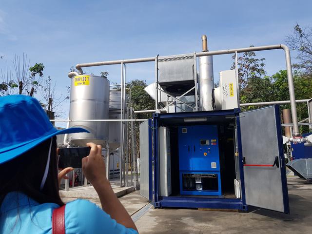 Nhà máy biến rác thải thành phân bón - gạch - tại Bình Dương