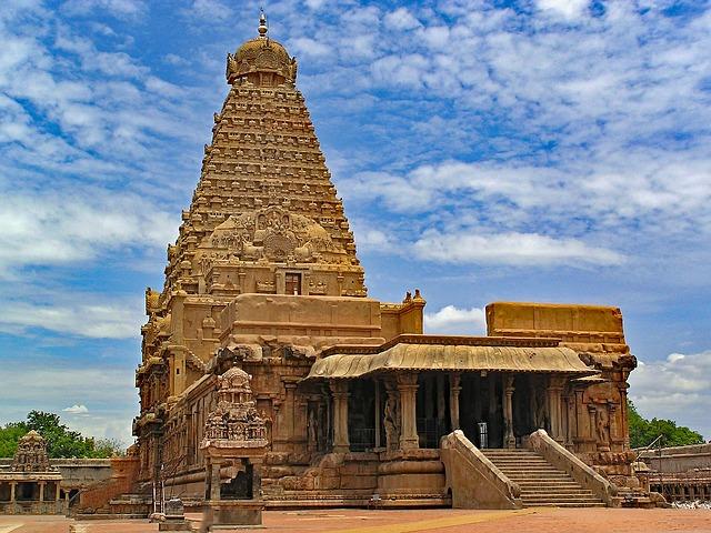 Brihadeeswara Shiva temple in Thanjavur