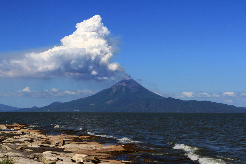 The Bahamas Unleashed Volcanic Activity Near The Bahamas - Where is the bahamas located
