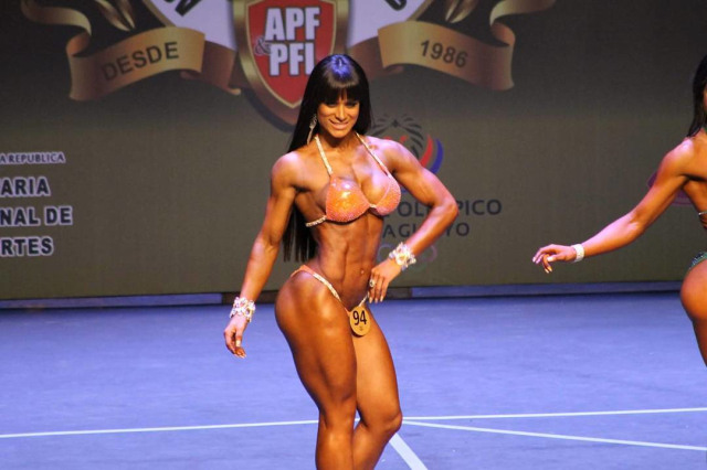 Fabi Martinez biggest bodybuilding tournament of Paraguay