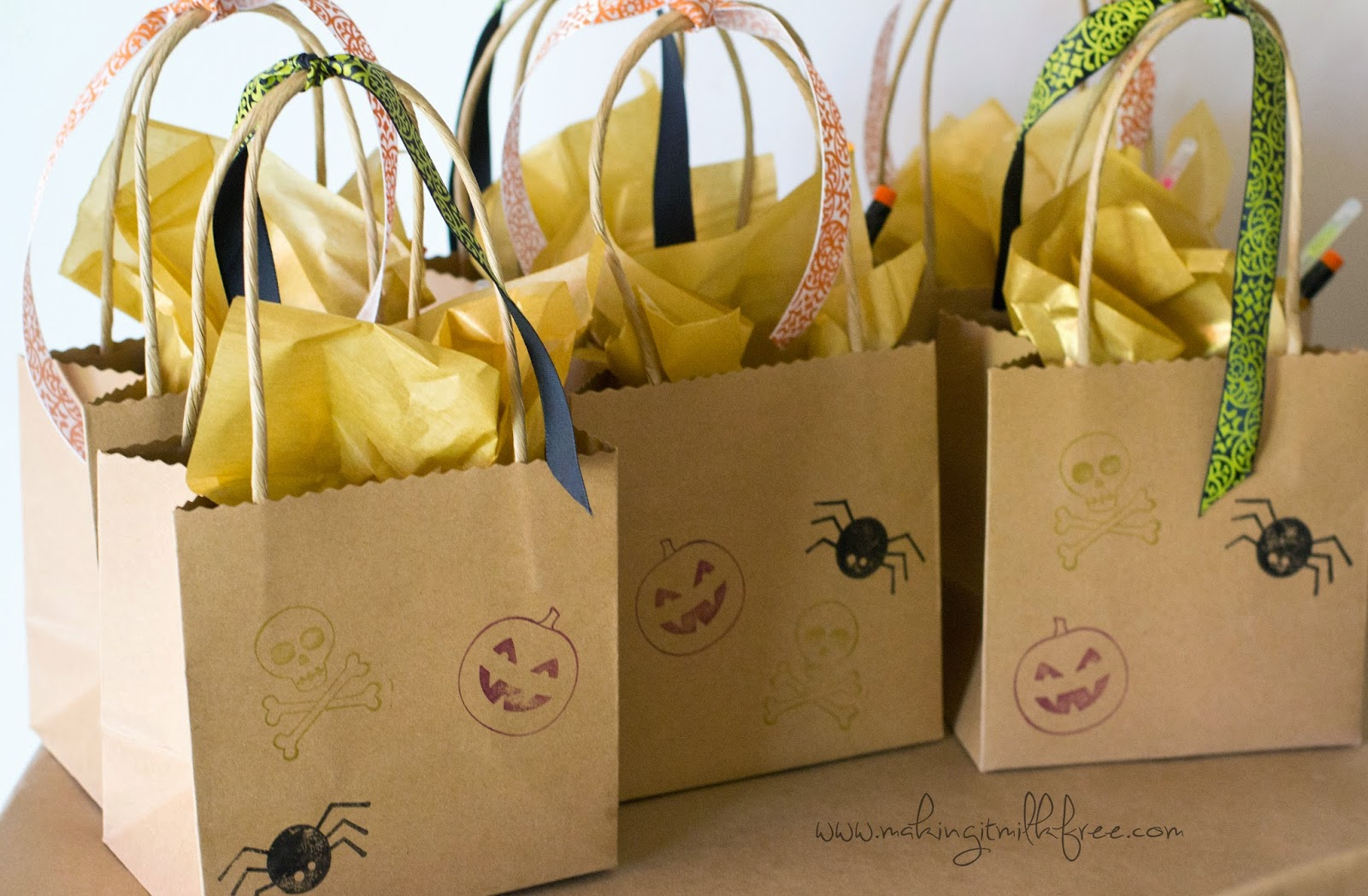 #party #fall #halloween #giftbags
