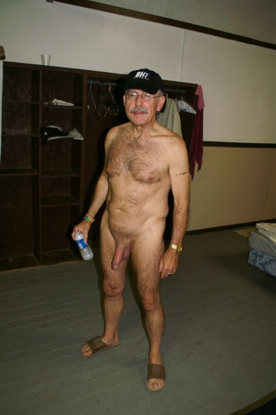 Pamela anderson naked pics
