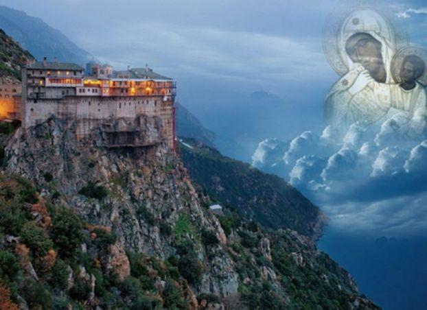Όταν η Παναγία εμφανίστηκε στο Άγιον Όρος και τη φωτογράφησαν! (ΦΩΤΟ)