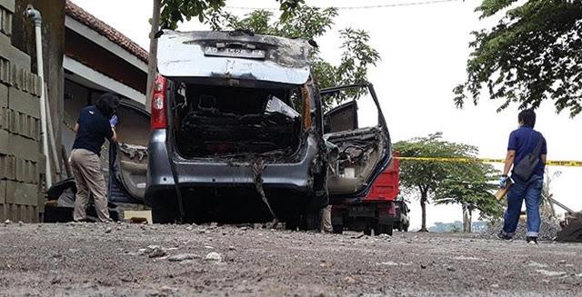 Istri Dokter Dibakar di Mobil, Ternyata Kerabat Presiden Jokowi