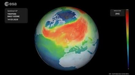 Μια ασυνήθιστη μίνι-τρύπα του όζοντος έχει ανοίξει πάνω από την Αρκτική