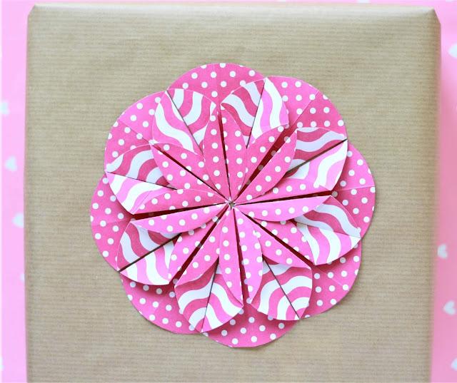 DIY: Origami-Blume basteln