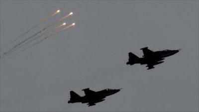 Bombarderos rusos destruyen objetivos terroristas en Hama y Alepo
