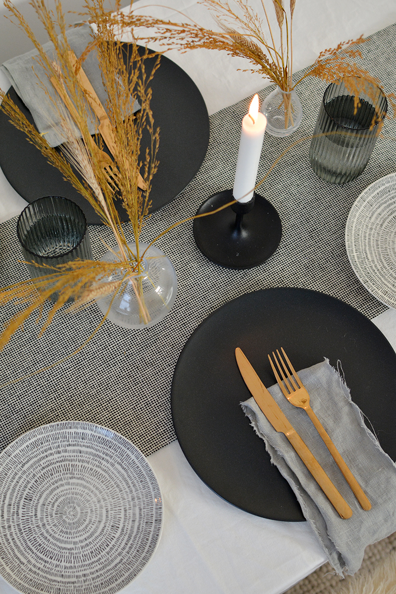 autumn winter tablescape