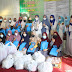 Persit Kartika KCK Kodim 0312/Padang bagi sembako di Panti Asuhan Tahfidz alquran di wilayah Kampung Lapai