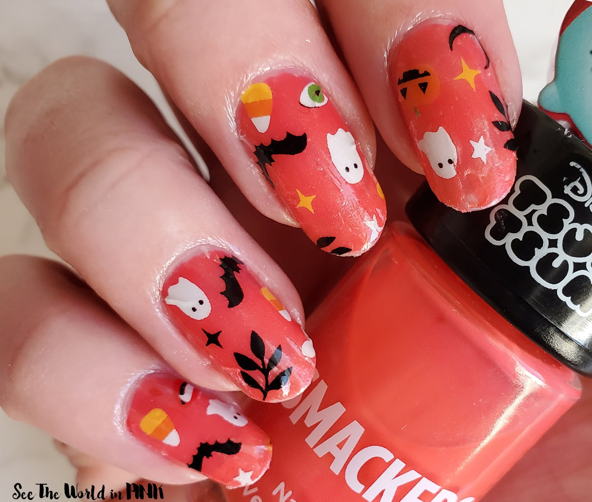Manicure Monday - Scratch Boo Halloween Nail Wraps