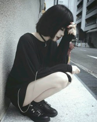 Outfit negro moda gótica casual