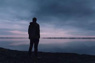 الأزمة الوجودية والشعور بالاكتئاب الوجودي