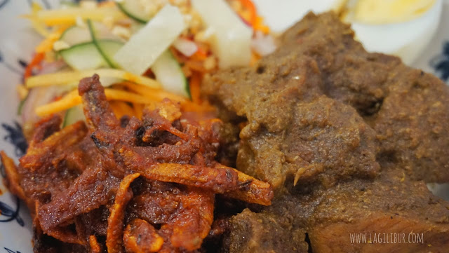 Spicy Beef Rendang Rice Oldtown White Coffe Cafe