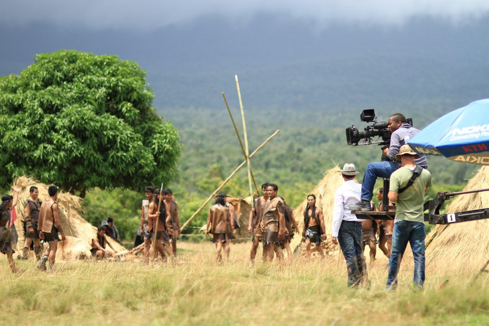 Sutradara dan Kru Film yang Terlibat dalam Pembuatan Film