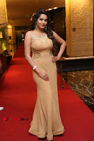 Actress Himaja Stills in Golden Spicy Long Dress at SIIMA Short Film Awards 2017 .COM 0210.JPG