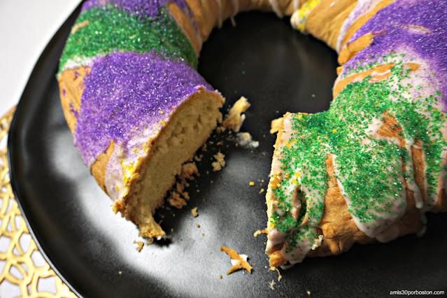 Corte de la Receta Tradicional del King Cake