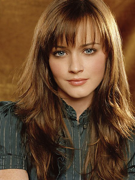Fringe Hairstyles For Wavy Hair Bangs Round Face