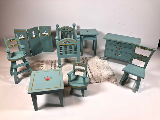 Each Piece Of TynieToy Furniture Was Hand Painted, Mostly By Students Of  The Rhode Island School Of Design Which Was Across The Street From The  Handicraft ...