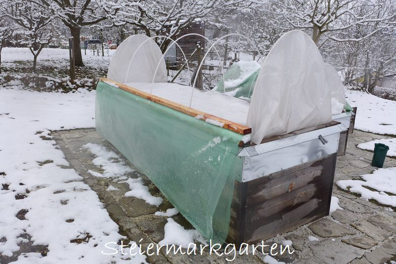 Hochbeete Als Fruhbeet Nutzen Das Mini Glashaus Steiermarkgarten