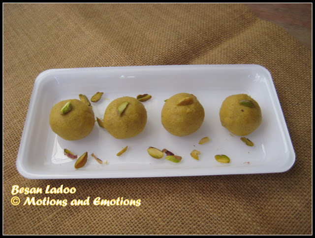 Besan Ladoo / Besan Laddu / How to prepare Besan Laddu Step - by -Step Video Recipe