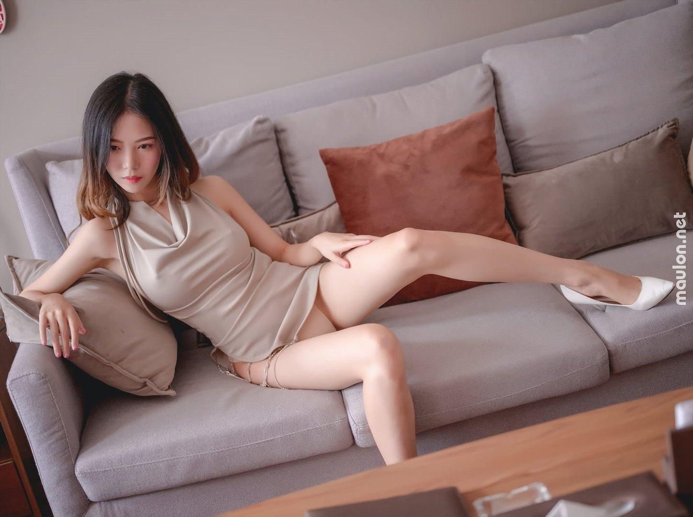 MauLon.Net - Ảnh sex gái xinh chân dài hàn quốc