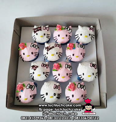 Cupcake Buttercream Hello Kitty