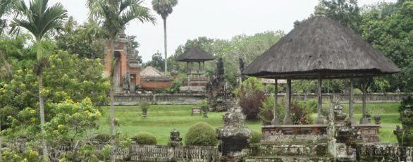 Pura Kerajaan Mengwi Taman Ayun - Desa Mengwi Badung Bali, Liburan, Perjalanan, Objek Wisata