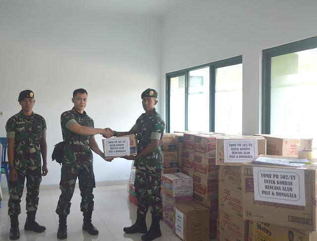 Yonif Para Raider 502 Kostrad Beri Bantuan Korban Gempa dan Tsunami Palu