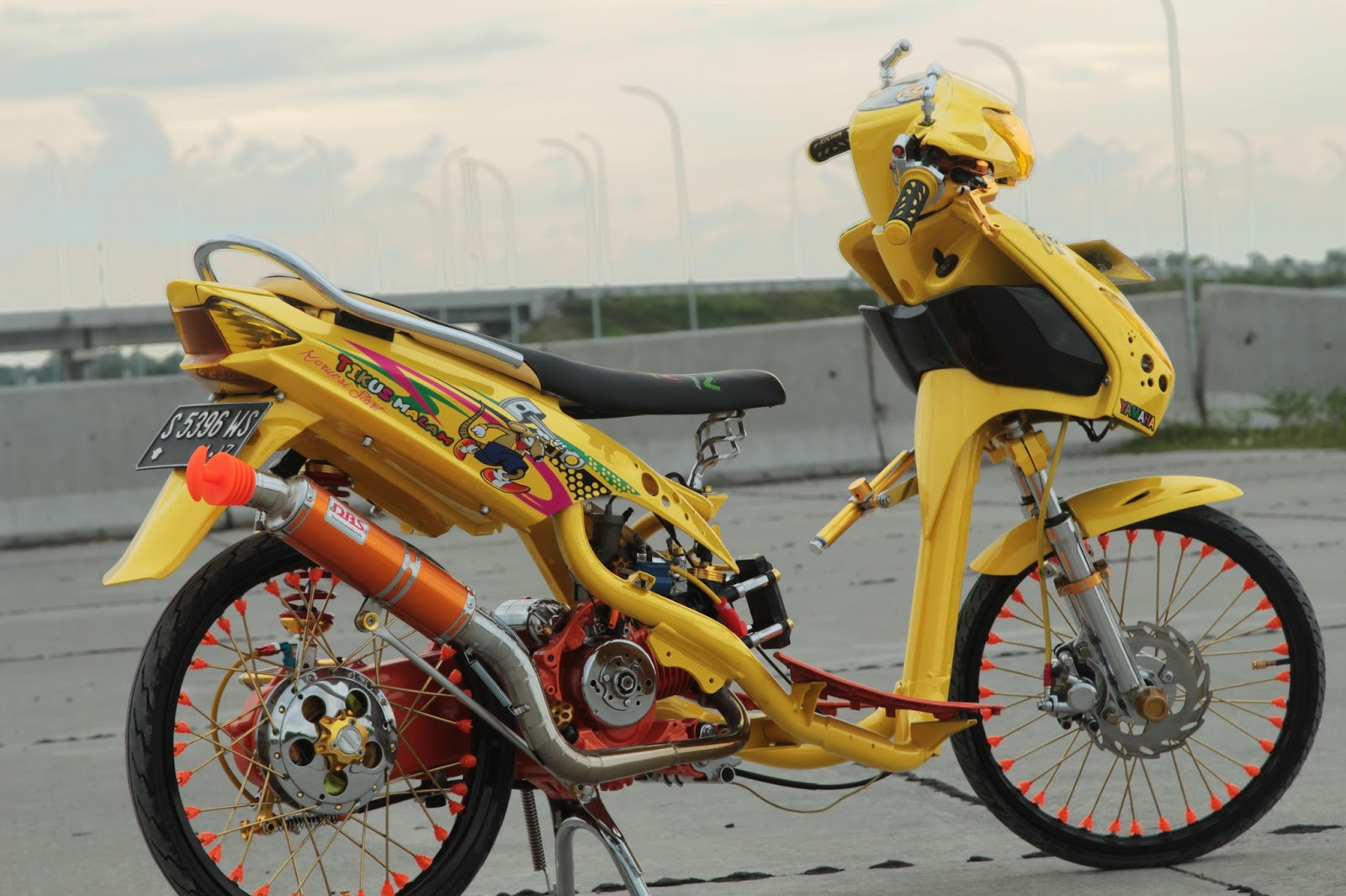 Modifikasi motor unik