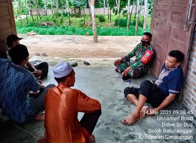 Personel Jajaran Kodim 0207/Simalungun Jalin Silaturahmi Dengan Warga Masih Suasana Lebaran