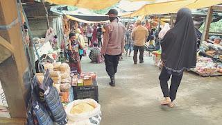 Patroli Pantau Kamtibmas Dan Penerapan Prokes Di Pasar Lo'Ko Desa Masalle