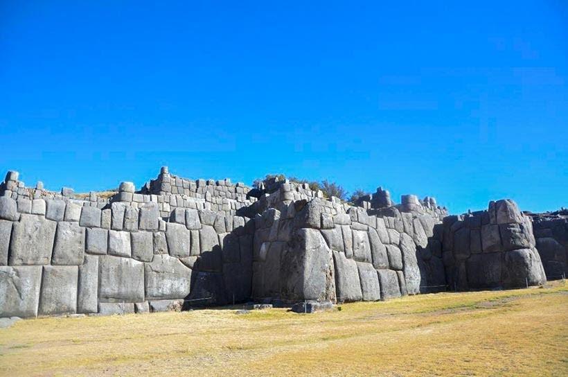 Sacsayhuamán - 5 lugares incríveis no Peru com criança. Foto: Divulgação