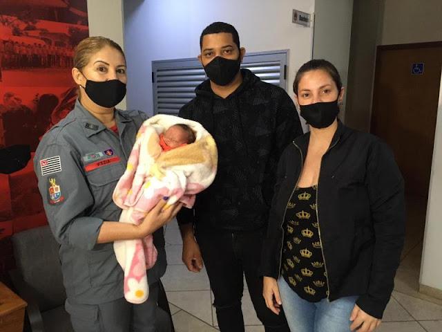 Bombeira salva a vida de bebê engasgado  -   Adamantina Notìcias