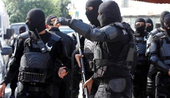 القبض على خلية تكفيرية خطيرة تابعة لداعش في تونس بحوزتهم عبوات ناسفة مدمرة وتحويلهم إلى الوحدة الوطنية لمحاكمتهم