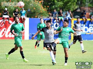 Oriente Petrolero y Real Santa Cruz disputaron un partido amistoso en San Antonio - DaleOoo