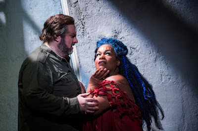 Verdi: Aida - English National Opera - Gwyn Hughes Jones, Latonia Moore (photo Tristram Kenton)