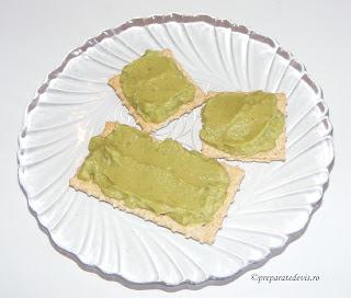 Sos de avocado picant retete culinare,